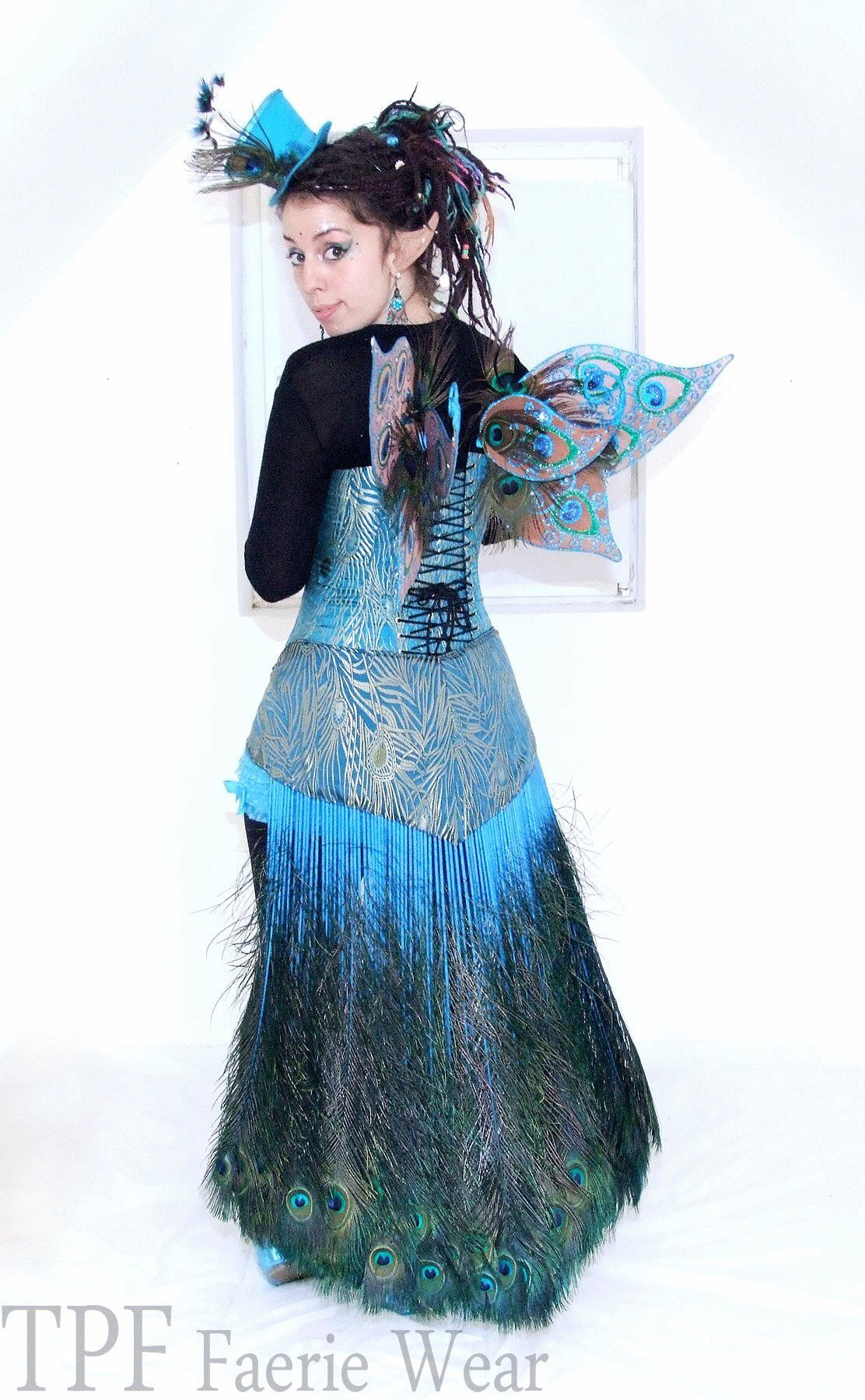I want to do something like this, but with natural white peacock feathers.