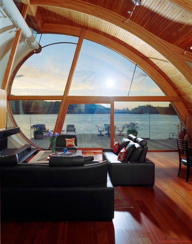 Curvaceous Living Room of the Fennell Residence