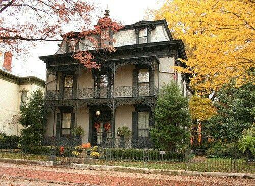 pin by kerbi on homes of old grandeur pinterest victorian homes rh pinterest com