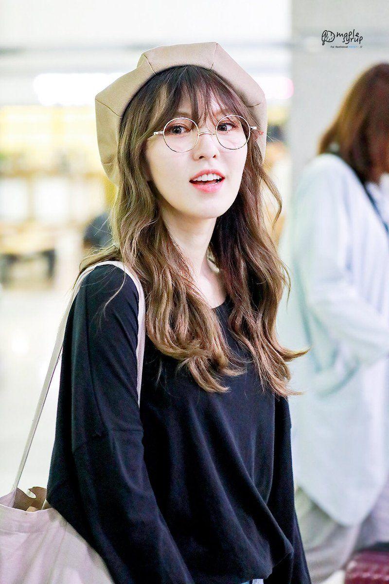 Best Womens K Pop Fashion Style Combinations Use Hat Wendy Red Velvet Red Velvet Velvet