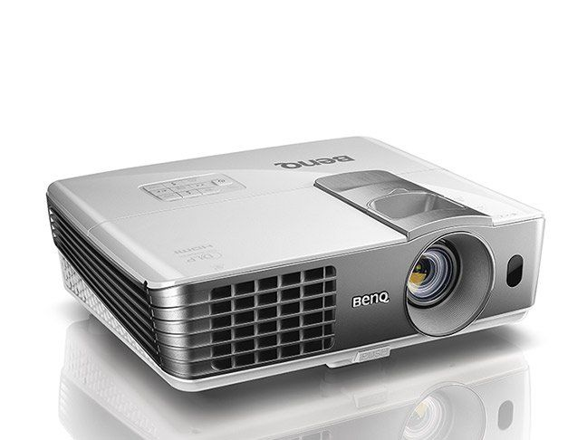 Photo of Best Projectors for Outdoor Movies – Momtastic.com