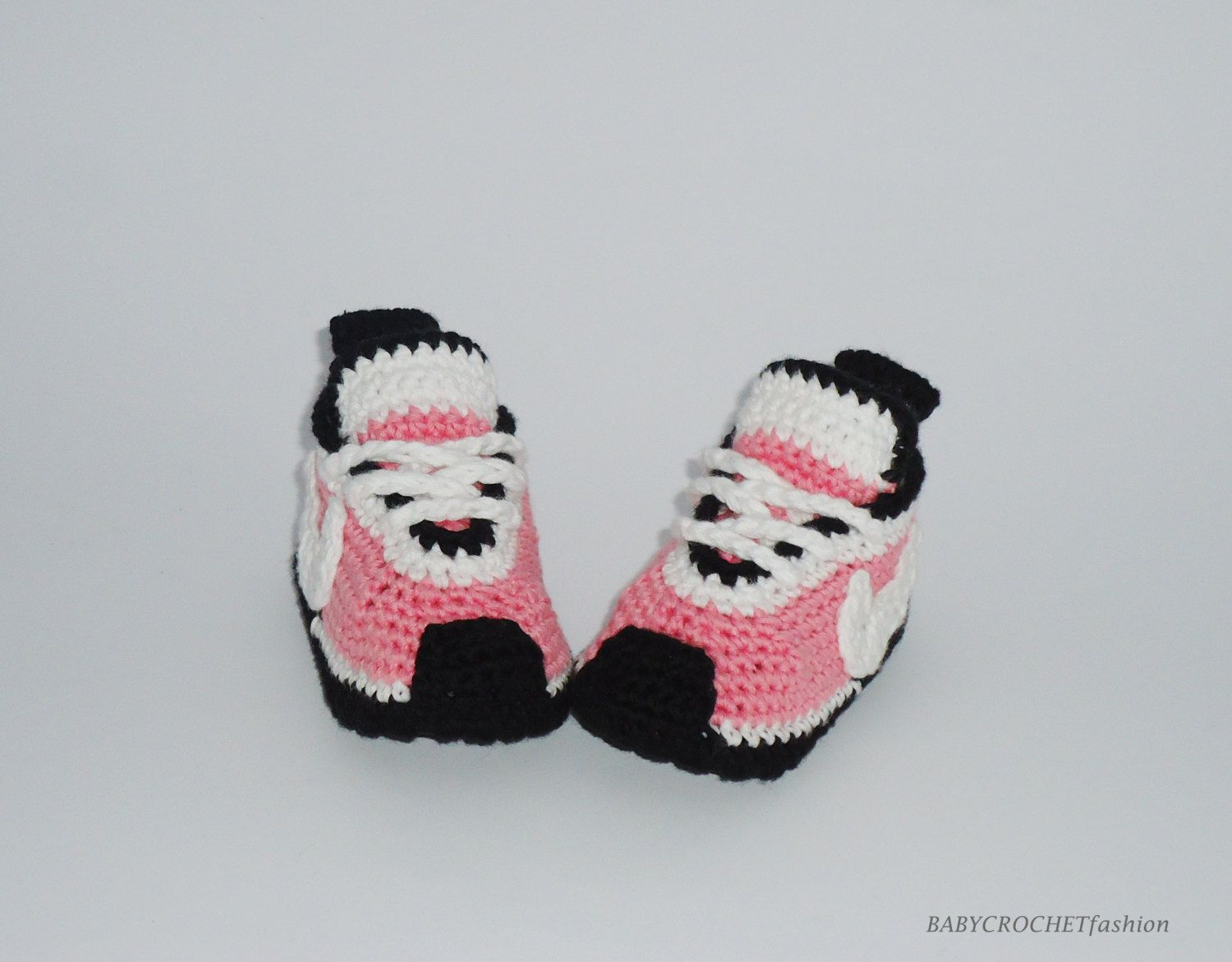 Crochet Baby Shoes, Pink Baby Shoes, Pink Baby Converse, Girls Baby Sneakers  , Nike Tennis Shoes, Baby Gift Shoes, Toddlers Baby Boots
