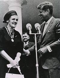Frances Oldham Kelsey - Wikipedia, the free encyclopedia