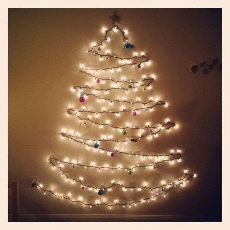 30 Diy Wall Christmas Tree To Except Your Space Wall Christmas Tree Fabric Christmas Trees Led Christmas Tree Lights