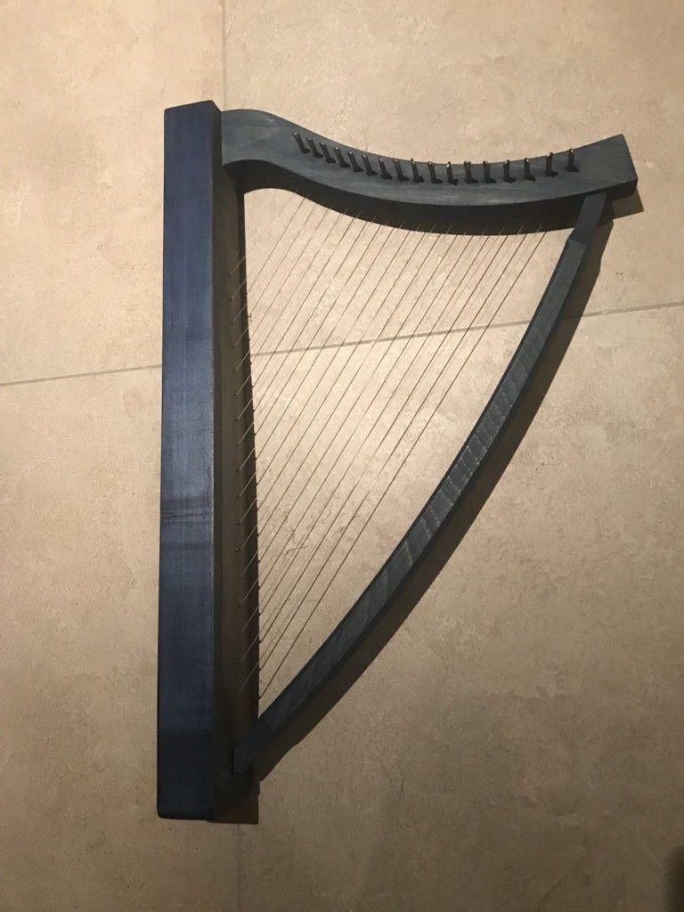 Wunderschöne kleine Harfe blau gebeizt in Aachen Aachen