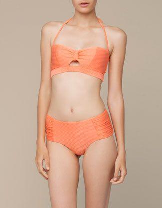 Braguita bikini alta textura - España