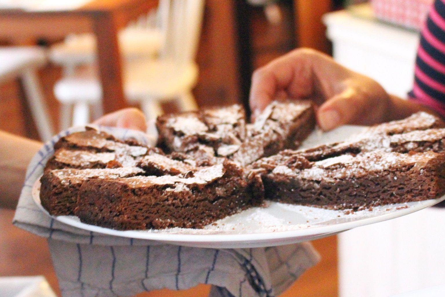 #Hamburg #Neustadt #Germany  #EatTheWorld #Culture #FoodTour | #Chocolate #Cake #Torte
