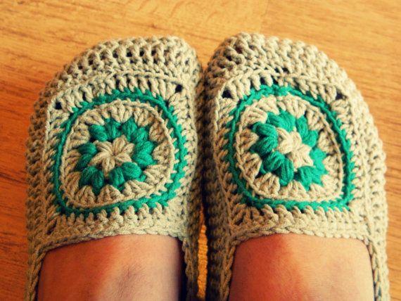 PDF crochet pattern - women crochet slippers pattern - instant download