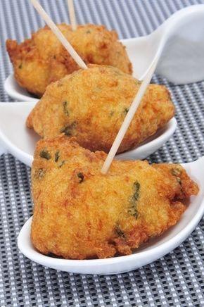 Recette : accras de poulet à la noix de coco