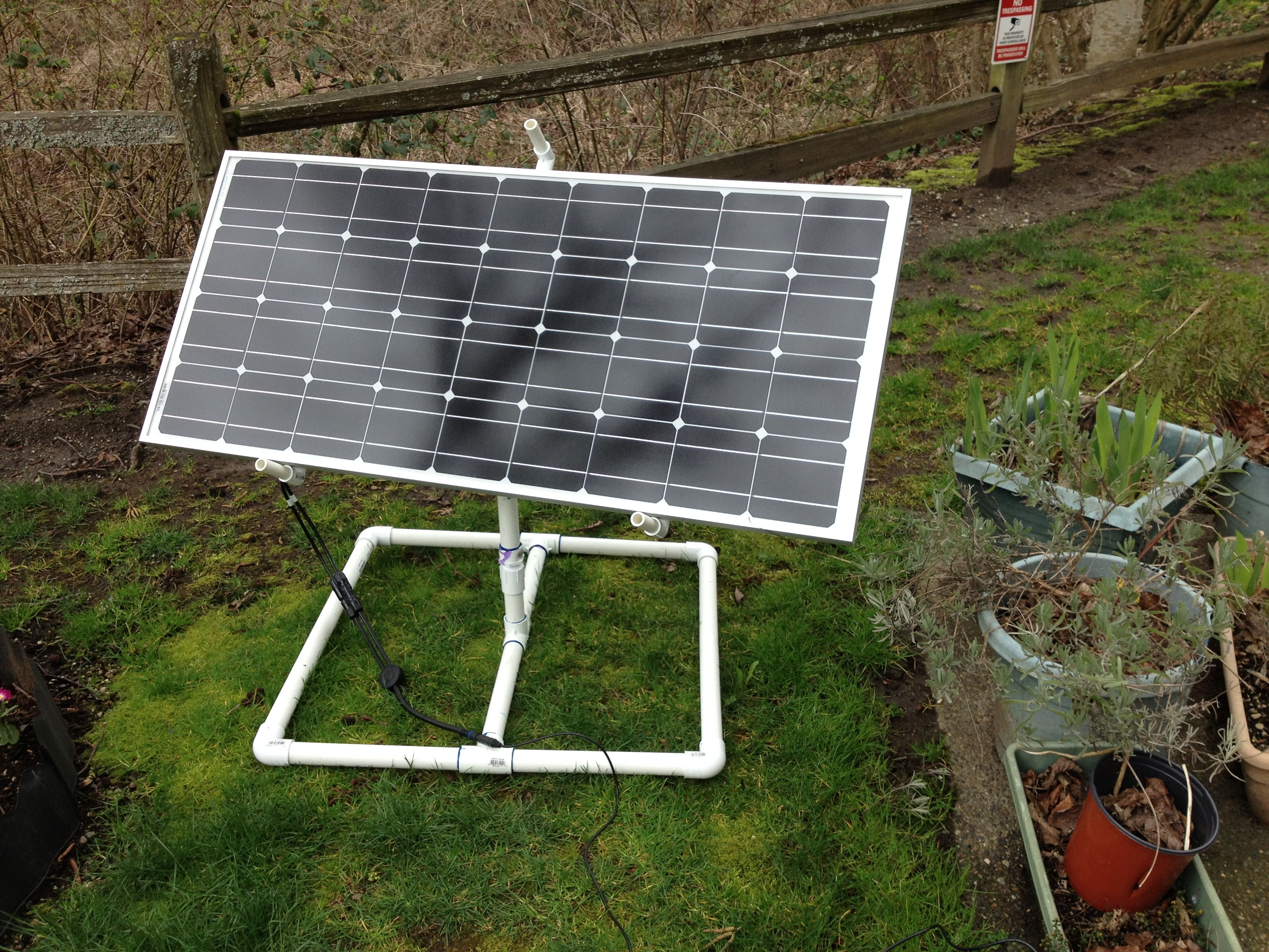 how to make a stand for portable solar panels