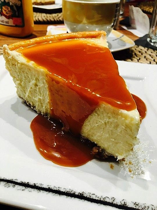New York cheesecake - just like the famous quotLindys cheesecakequot in ... - American New York cheesec