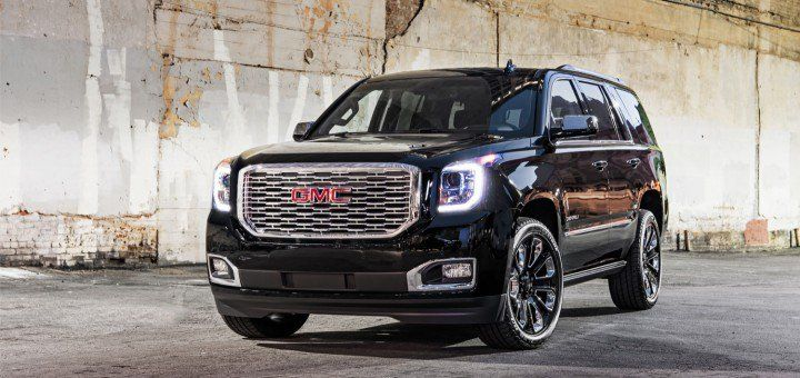 2018 GMC Yukon Denali Ultimate Black Edition exterior 002