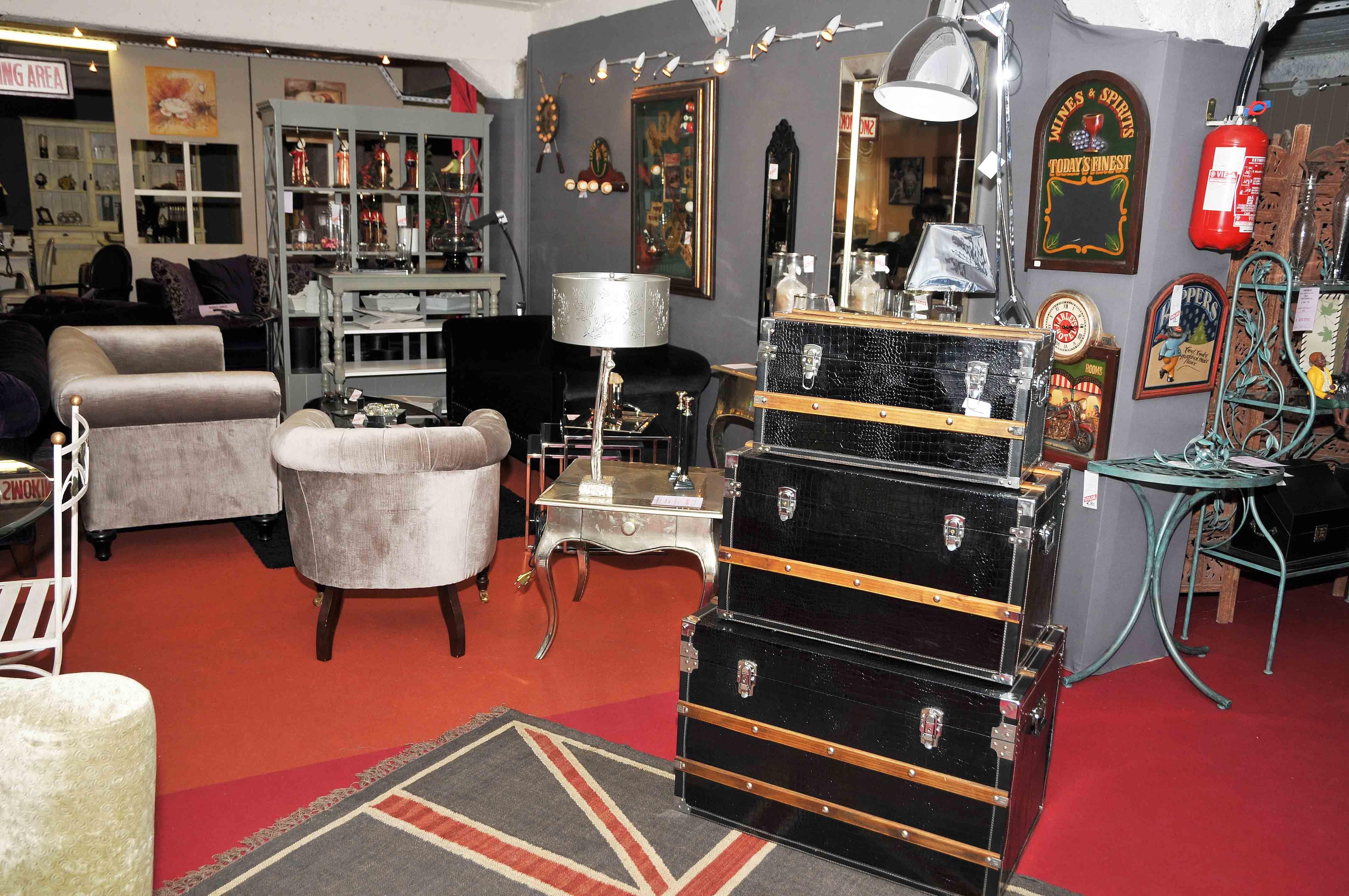 Objets de décoration de style anglais tels que nos coffres et