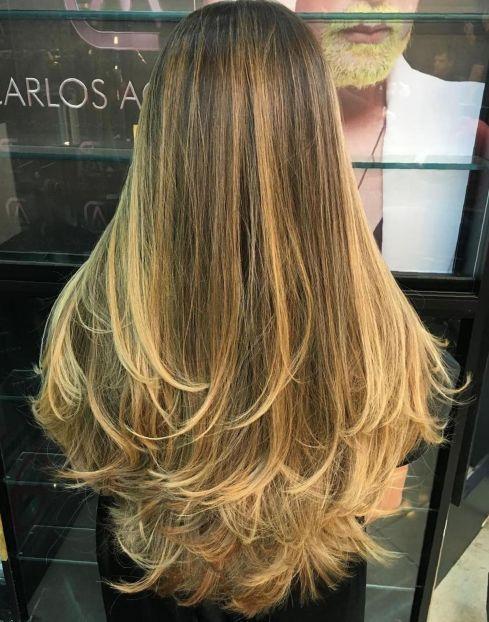 Lange Stufen Fur Sehr Langes Haar Frisuren Lange Haare Schnitt Stufenschnitt Lange Haare Haarschnitt Lange Haare