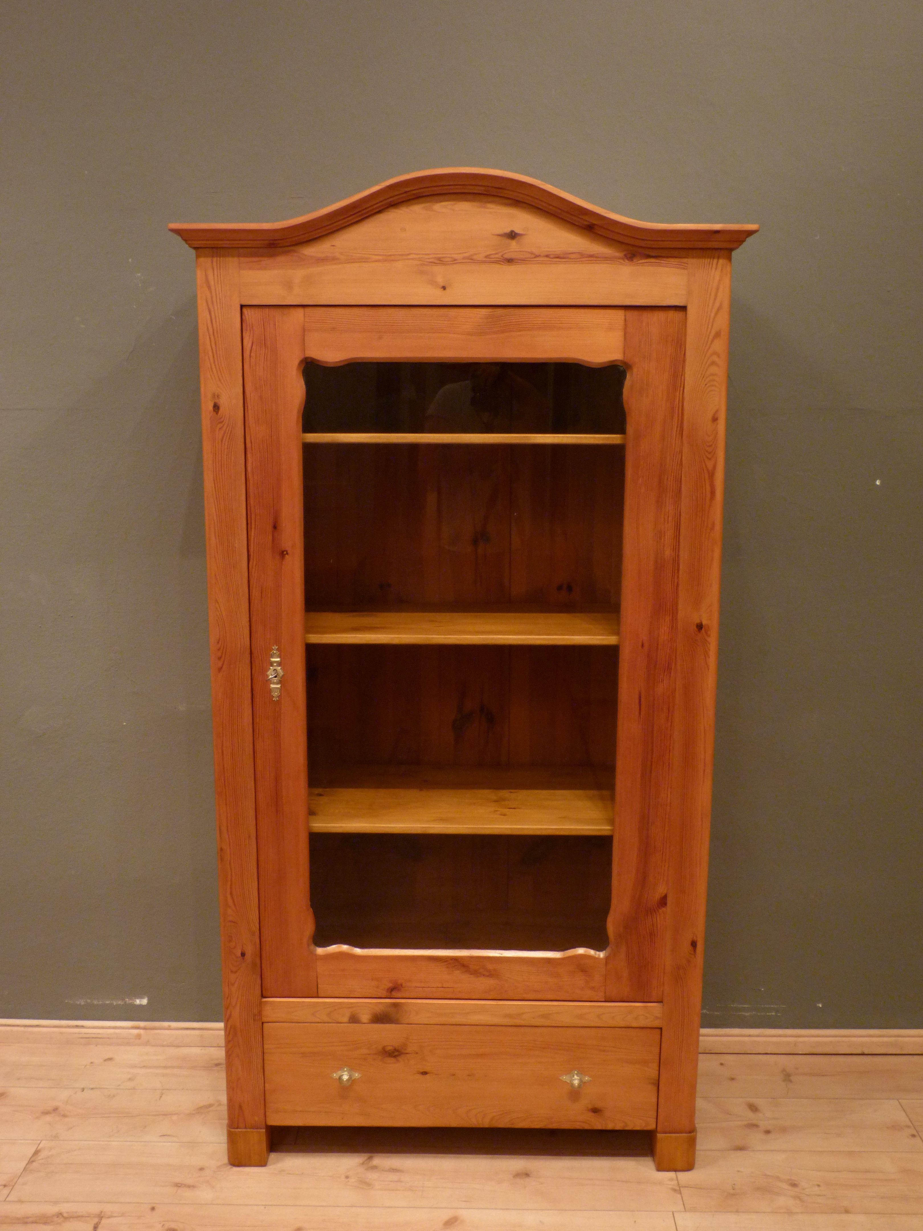 jugendstil b cher oder geschirrschrank fichte um 1900. Black Bedroom Furniture Sets. Home Design Ideas