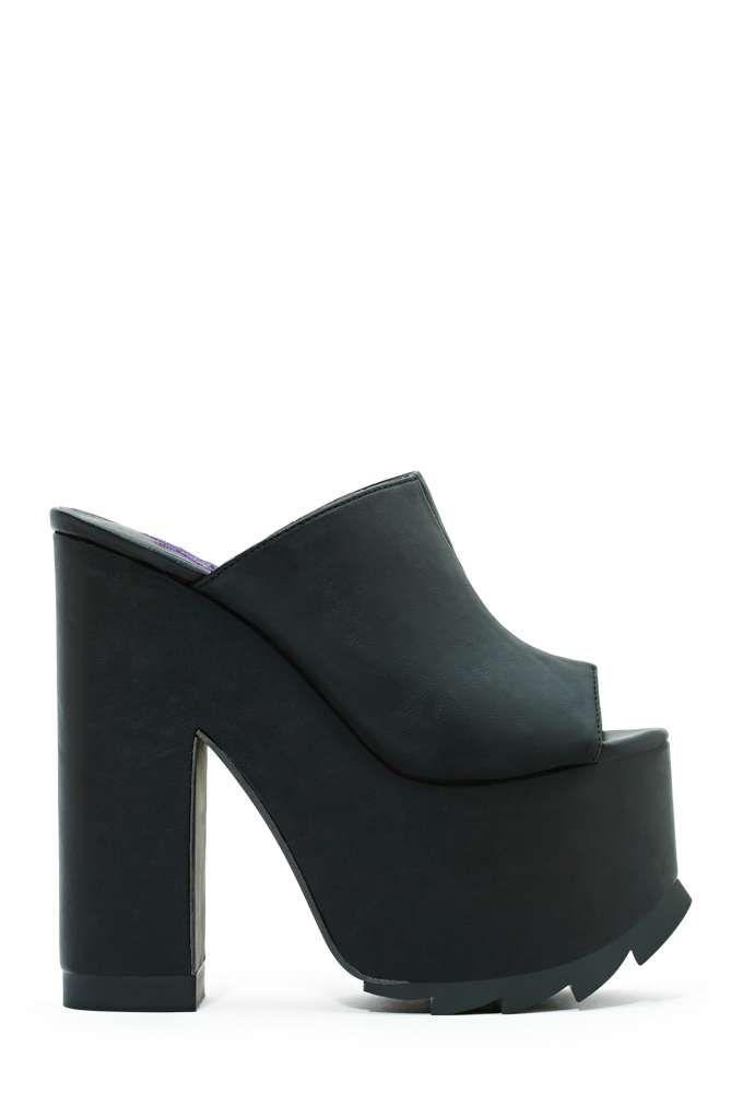 e3a5af105123 YRU - Dream Platform Mule - Black