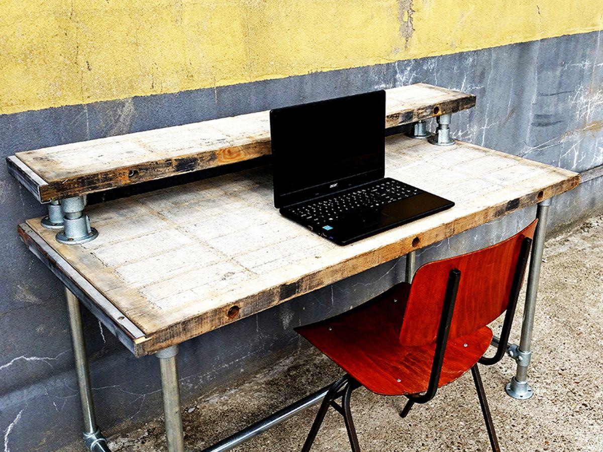 Dit bureau is door het minimalistische design geschikt binnen elk