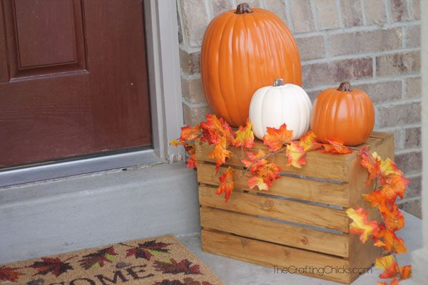 Fall Porch Ideas for Small Porches #smallporchdecorating