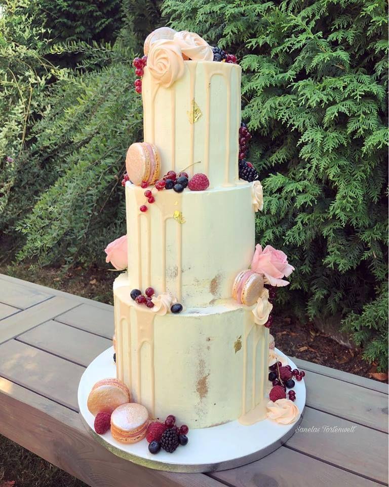 Semi N Naked Cake Semi Naked Cake Dripped Cake Dripp Cake