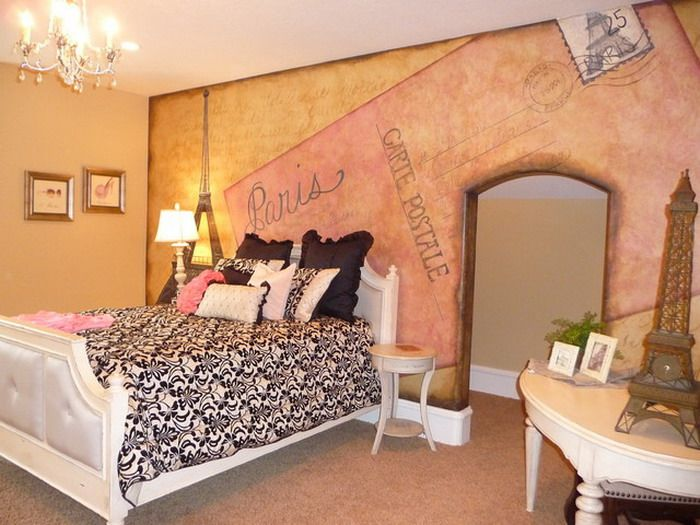 Paris Wall Painting In Small Bedroom