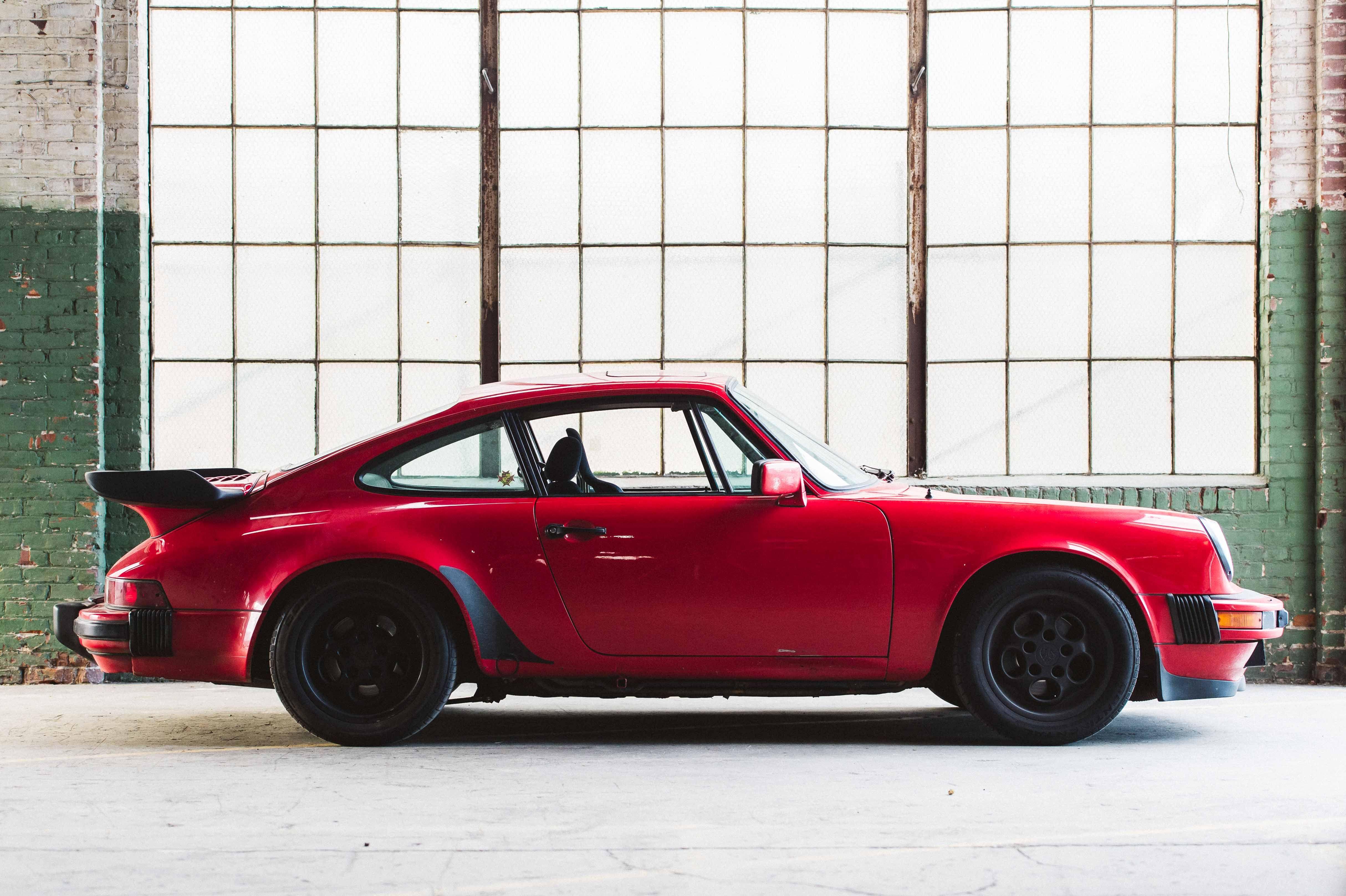 Deus Ex Machina Usa The Emporium Of Post Modern Activities Porsche Porsche 964 Vintage Porsche