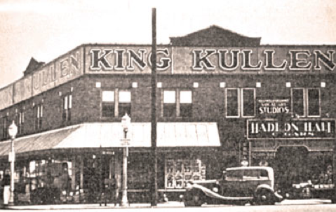 The first King Kullen opened in Jamaica NY in 1930. King Kullen was the first grocery store to ...