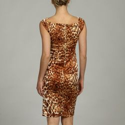 Animal print and slight stretch for easy wear.