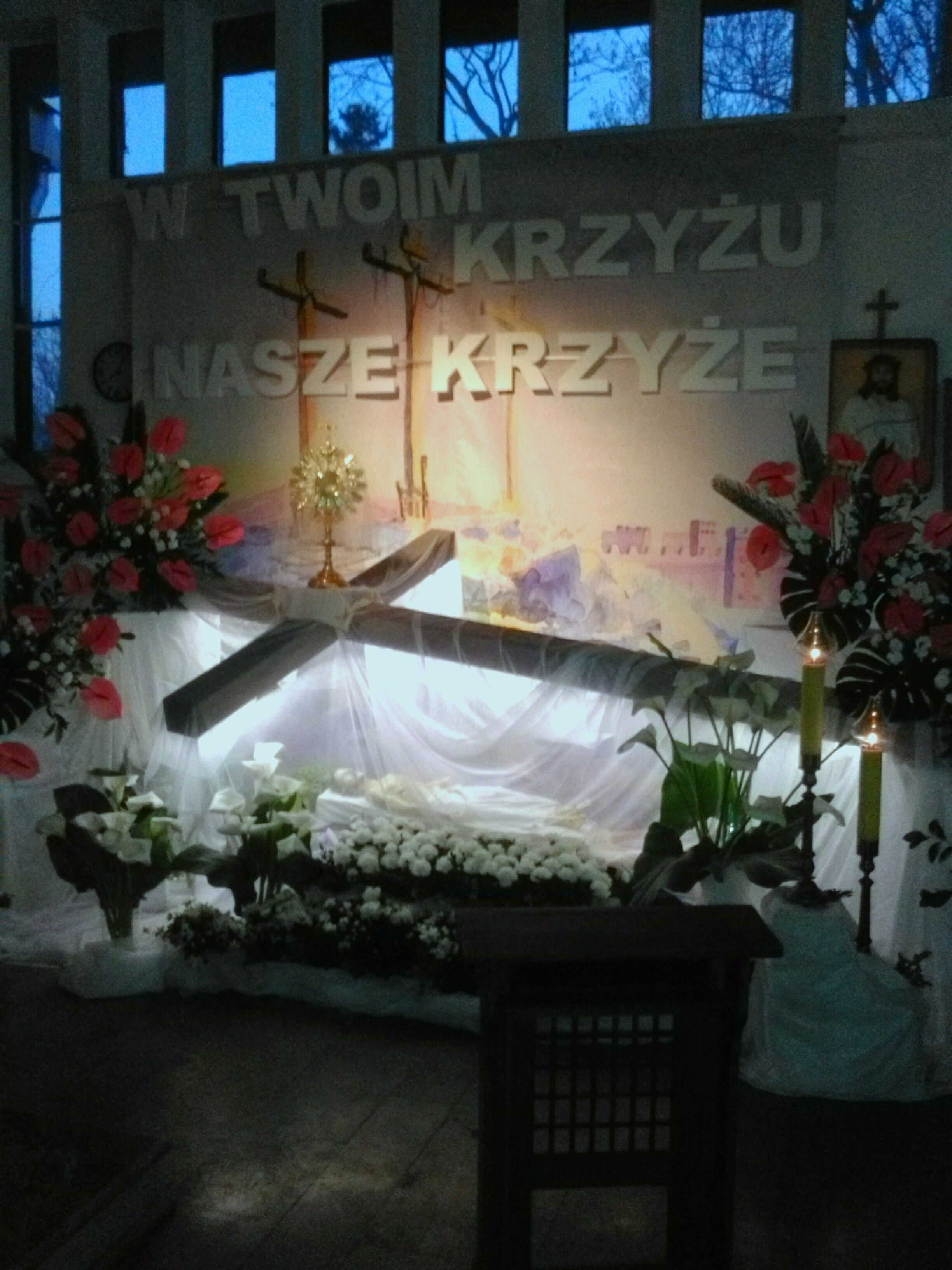 Kosciol Pod Wezwaniem Sw Stanislawa Biskupa I Meczennika W Dobrem Kuj Church Decor Easter Arrangement Easter Decorations