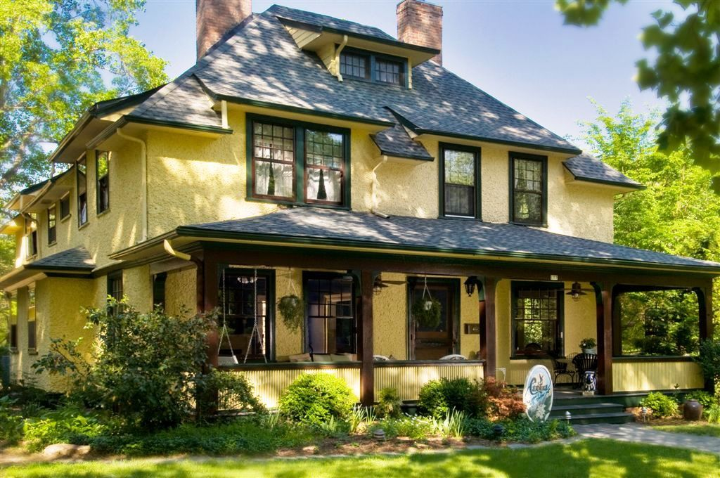 places to stay in ashville nc Bed and breakfast, Bed and