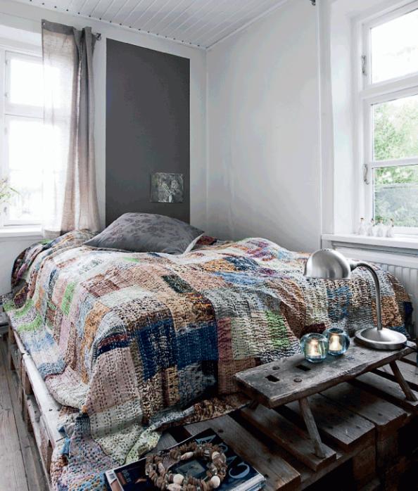 Schlafzimmereinrichtung mit Paletten Schlafzimmer