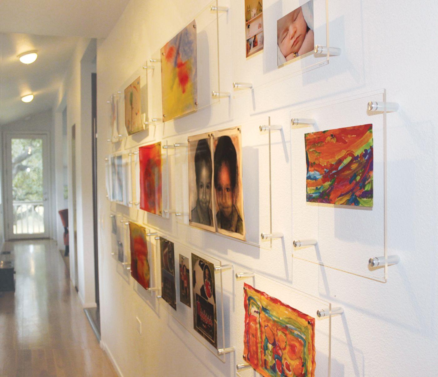 Convert a boring hallway into a sophisticated art gallery arte