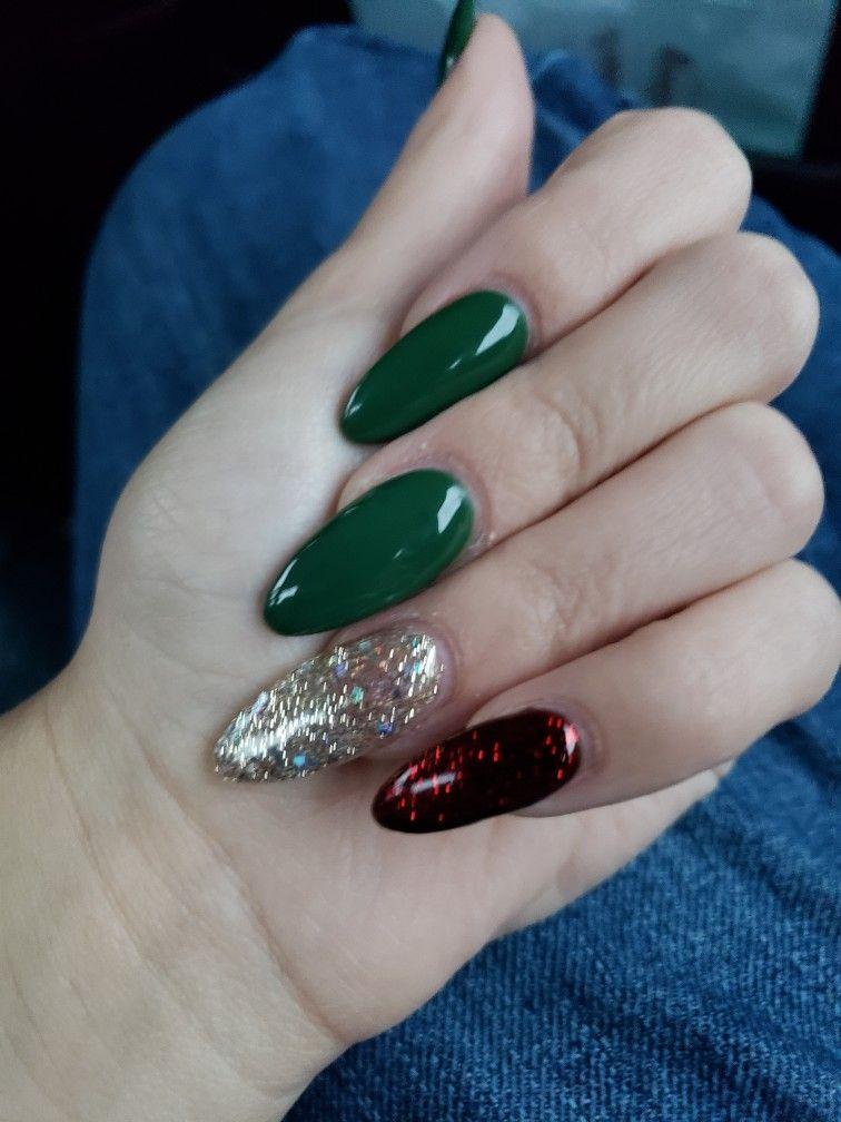 Tis The Season Squoval Nails Green Nails Dark Green Nails