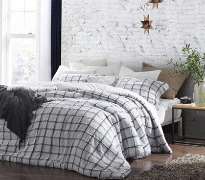 Pin By Logan Tapp On Main Dorm Room Bedding Bedding Sets Grey Dorm Bedding