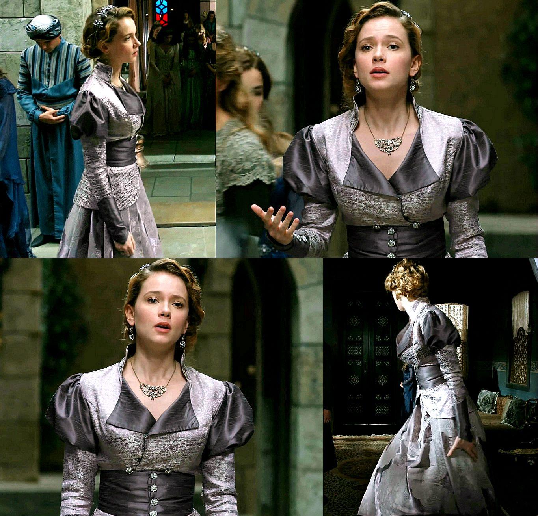 MC: Kosem - 2x01 Atike Sultan's first dress   Muhtesem