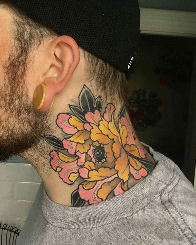 Gorgeous Flower Neck Tattoo Japanese Tattoo Tattoos