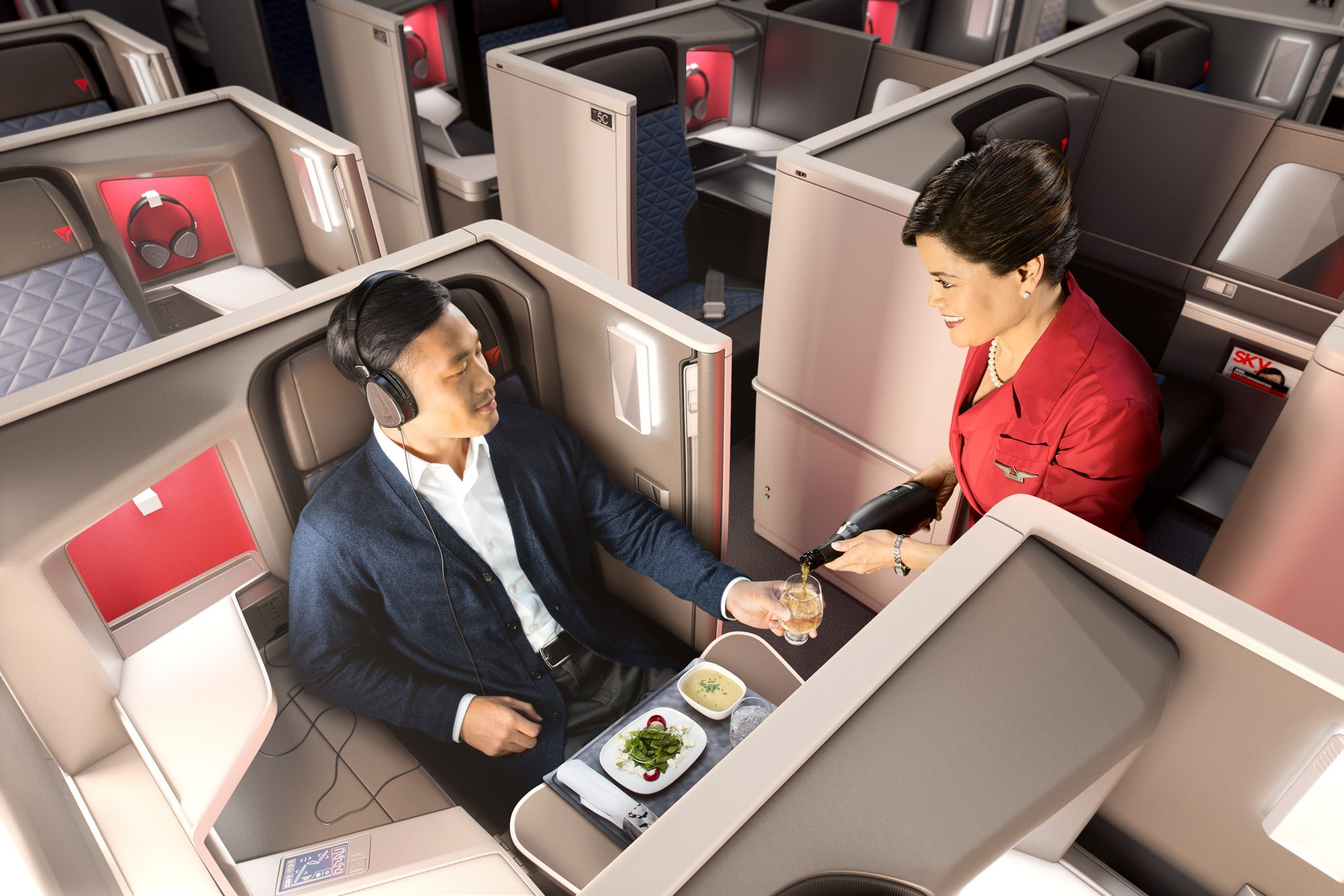 News Delta Air Lines reaches latest inflight