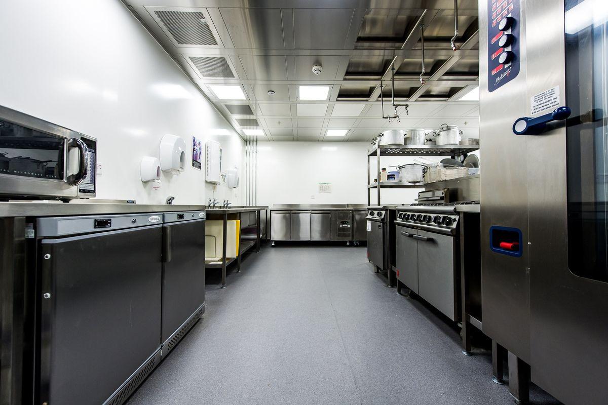 Altro Whiterock White™ Wall Cladding Kitchen Wall
