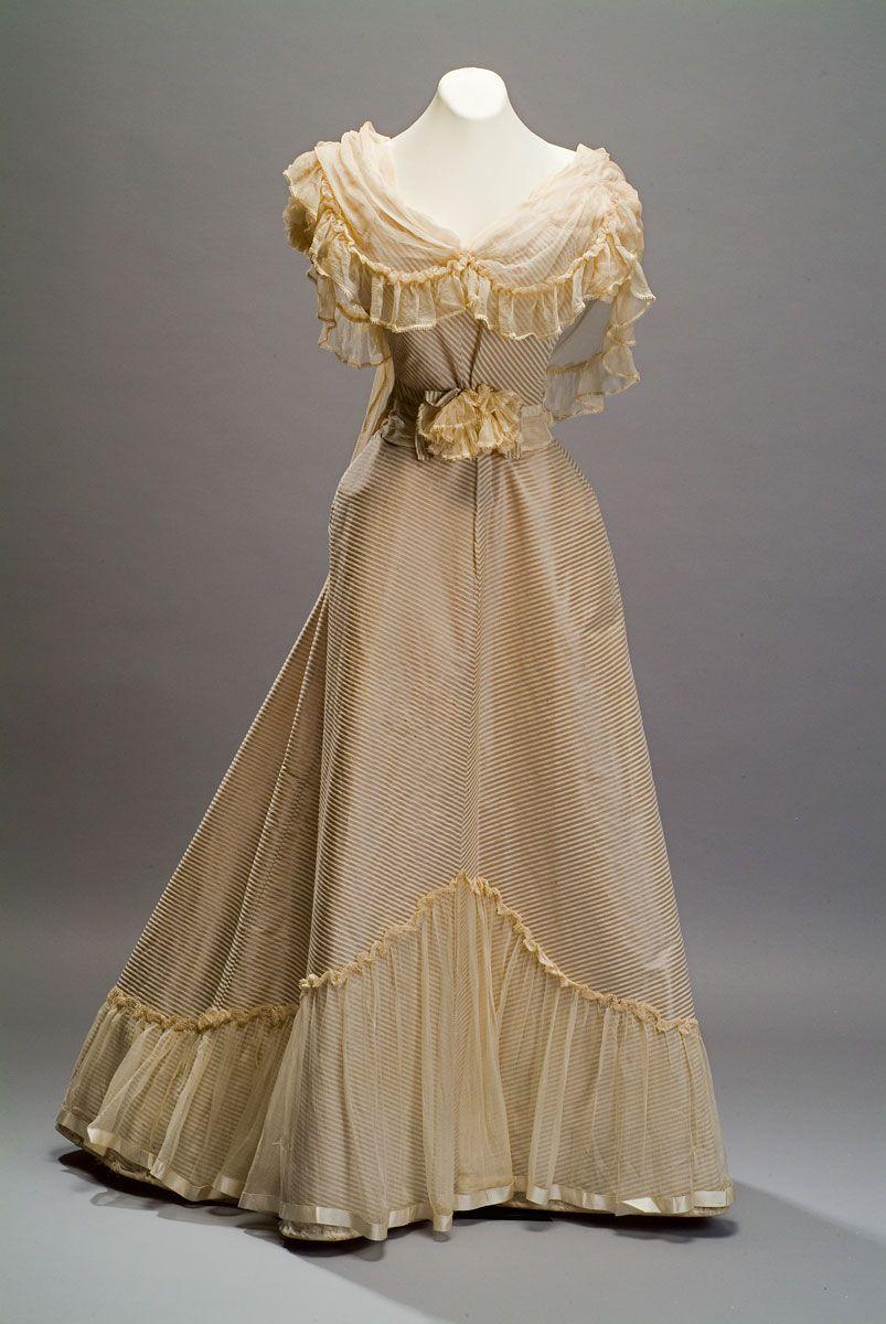 Evening dress c from the duseo de museo de historia mexicana