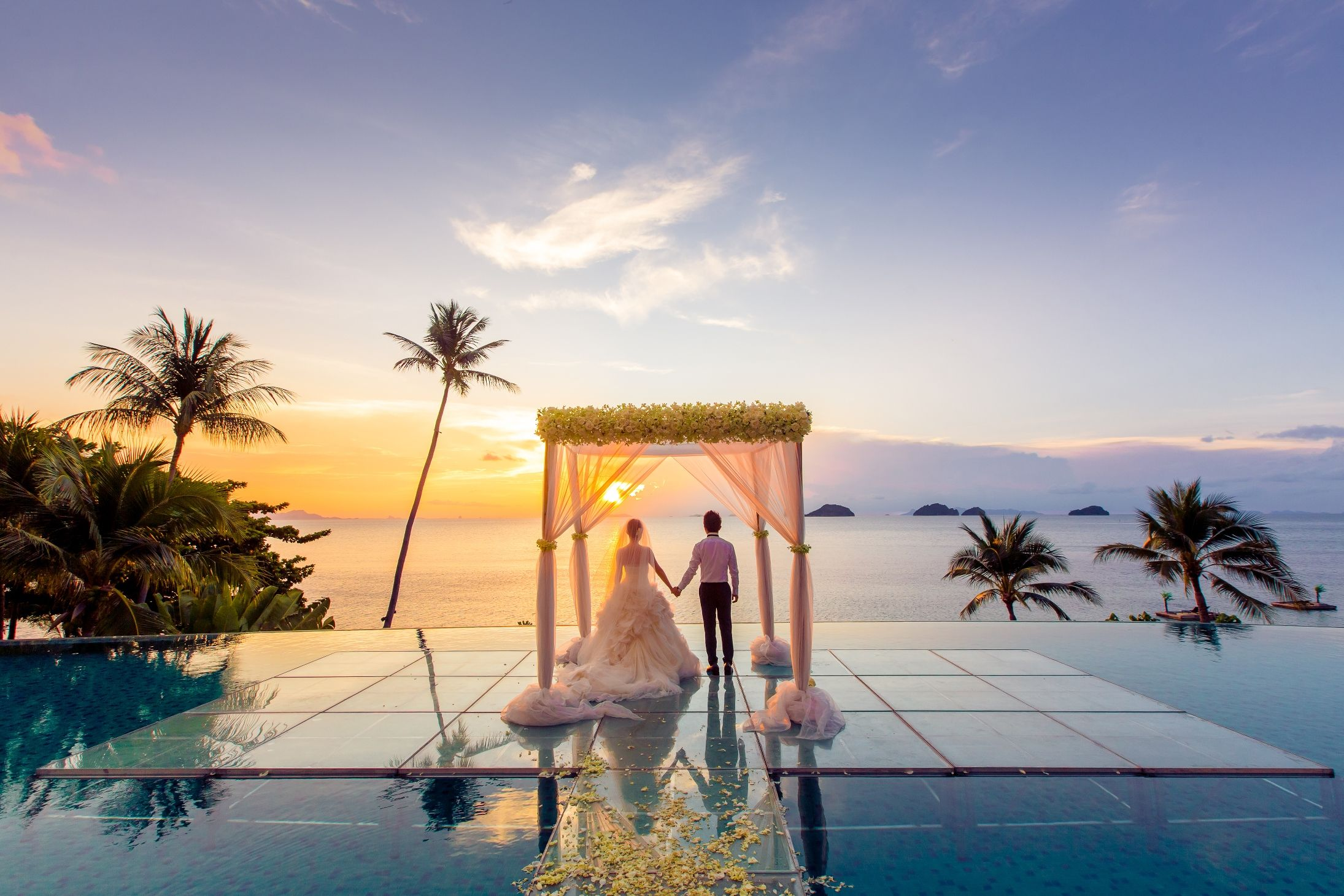 Will you marry me? Yes, I will. (Photo credit eak_samui