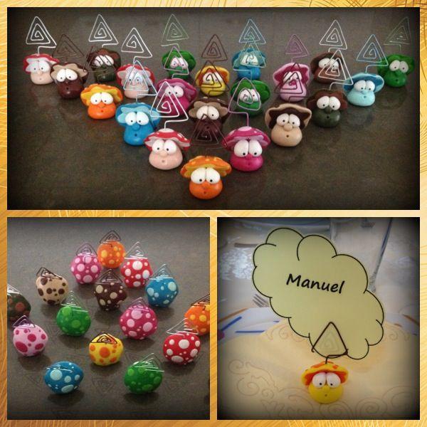 Ecco dei simpatici funghetti segnaposto realizzati per una festa di compleanno! http://ilfilodelleideehandmade.blogspot.it/2013/11/funghetti-segnaposto-in-fimo.html