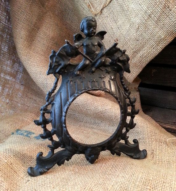 Vintage Cast Iron Star Picture Frame
