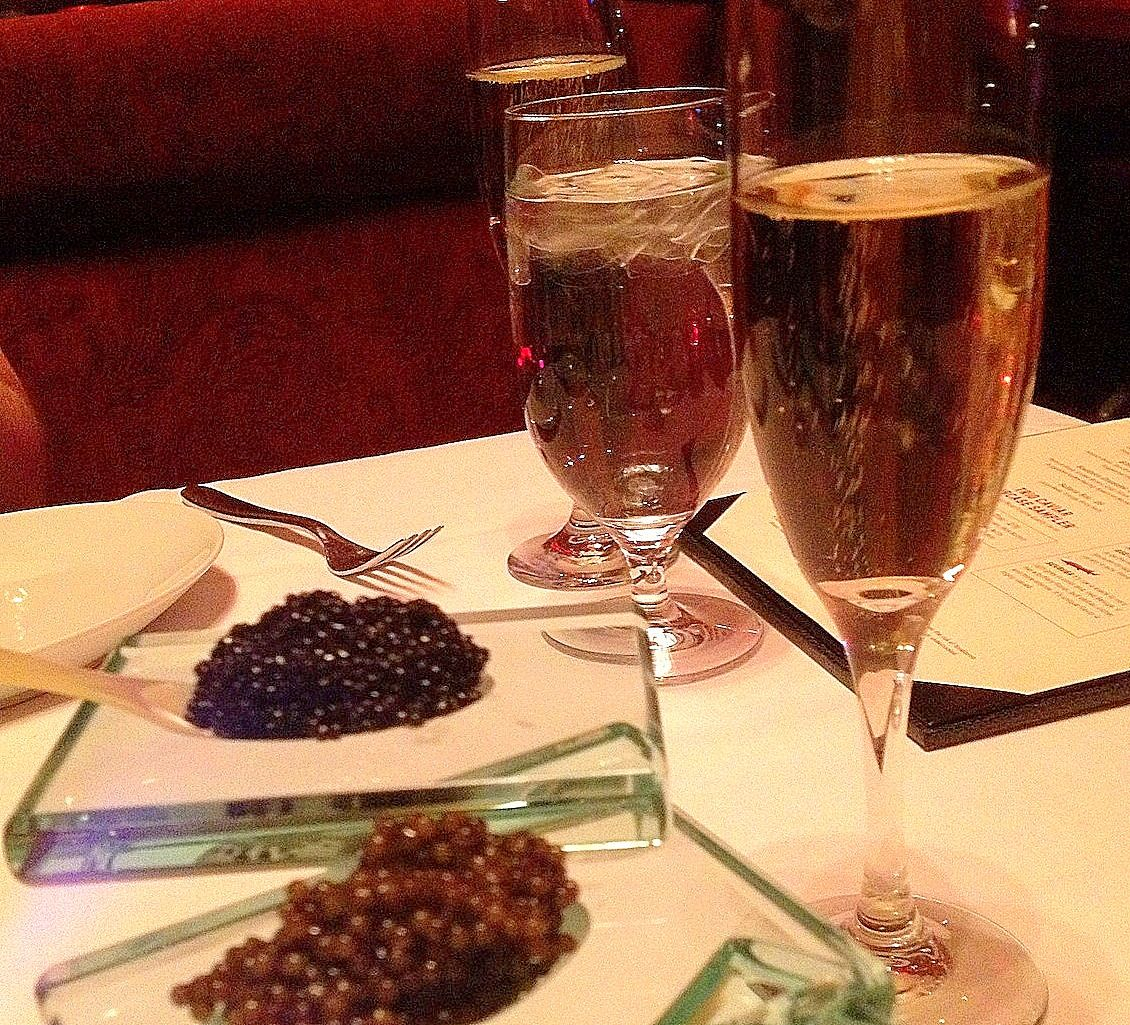 Afar Com Highlight Save Money During These Five Star Happy Hours By Abby Tegnelia Las Vegas Vegas Champagne Flute