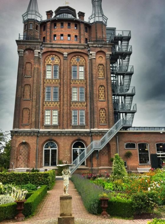 Villa Augustus Dordrecht | Margos Mobpics
