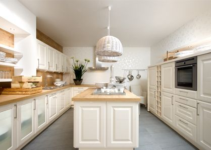 Nolte lacqurered kitchens are a fusion of traditional design and - nolte küchen fronten