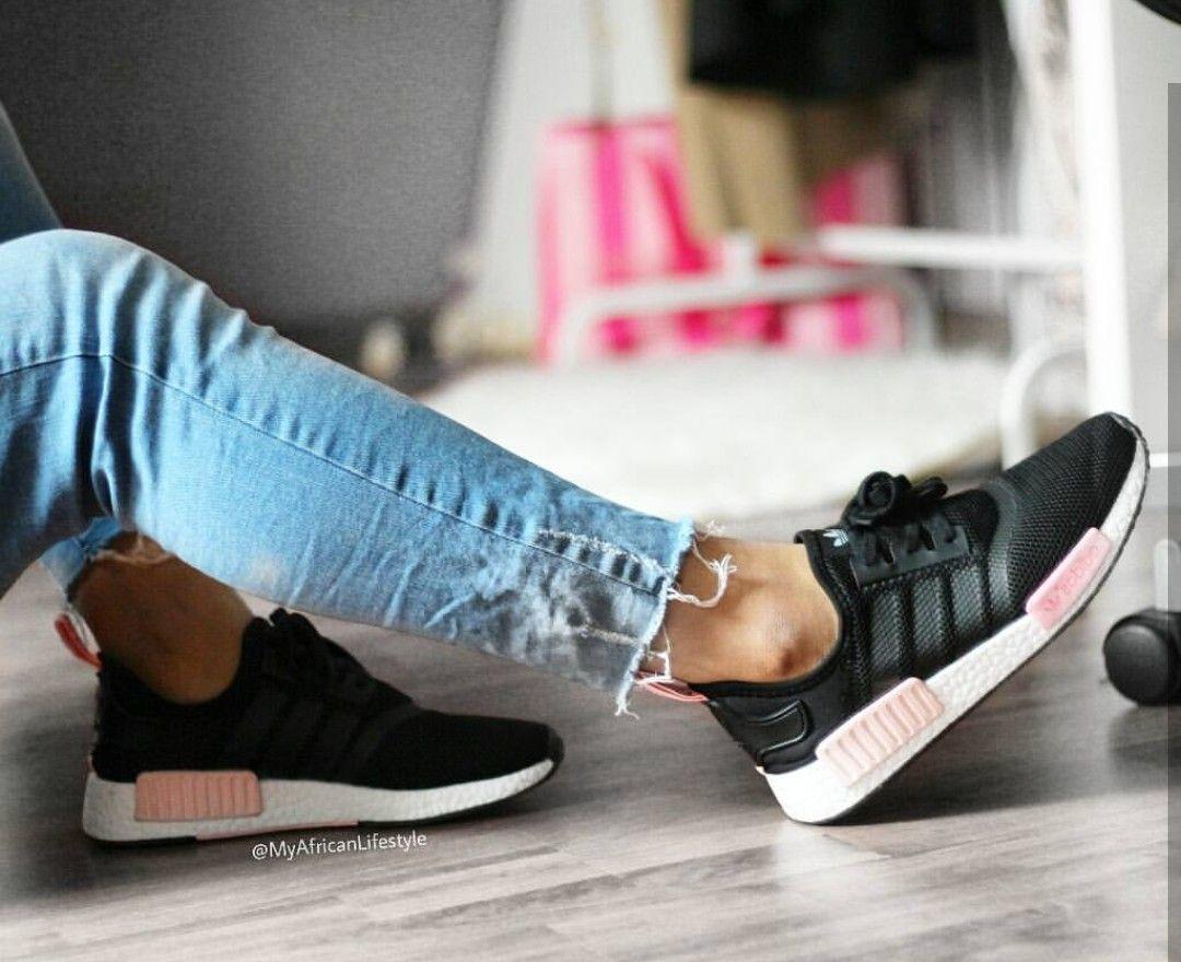 adidas originali nmd in schwarz rosa / black rosa / / foto