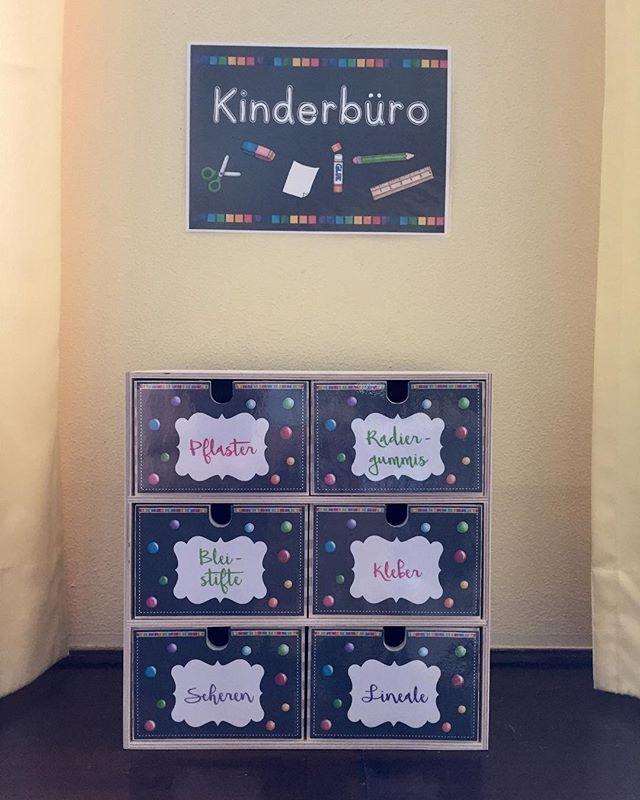 """� Grundschullehrerin � on Instagram: """"Kinderbüro ist eingezogen � mit den schönen Schildern von @materialwiese und einem selbsterstellen Schild von mir. #grundschule…"""""""