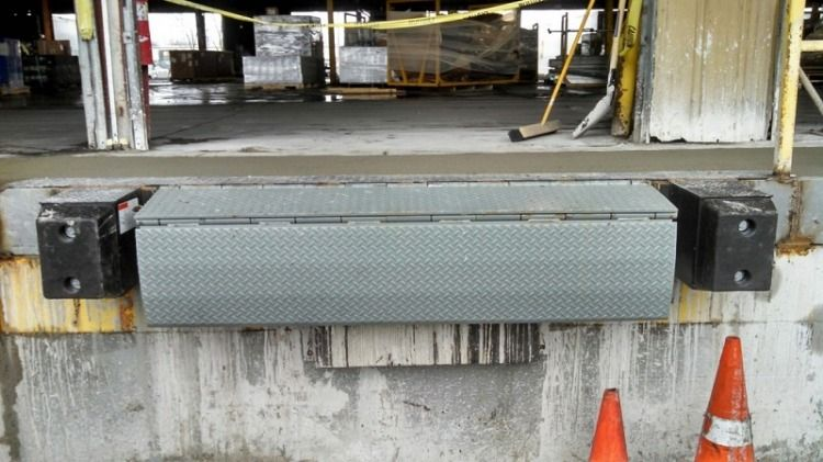 Dock Equipment Manufacturers Dock Manufacturing Door Seals