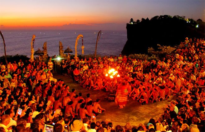 Kecak dance is the one of many traditional theatrical art from Bali, which describes the Story of Ramayana. This dance tells Prince Sita who was kidnapped by King Rahwana then Prince Rama try to help her from Rahwana's Kingdom. In this battle Prince Rama get help from Hanoman. Kecak dance does not use any music instruments, they only use voices of the dancer. www.balitonys.com #balitonys #bali #seminyak #balineseculture #holiday #activities