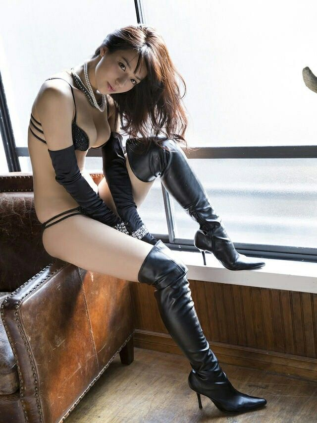 Ass golf asian in sexy boots eden