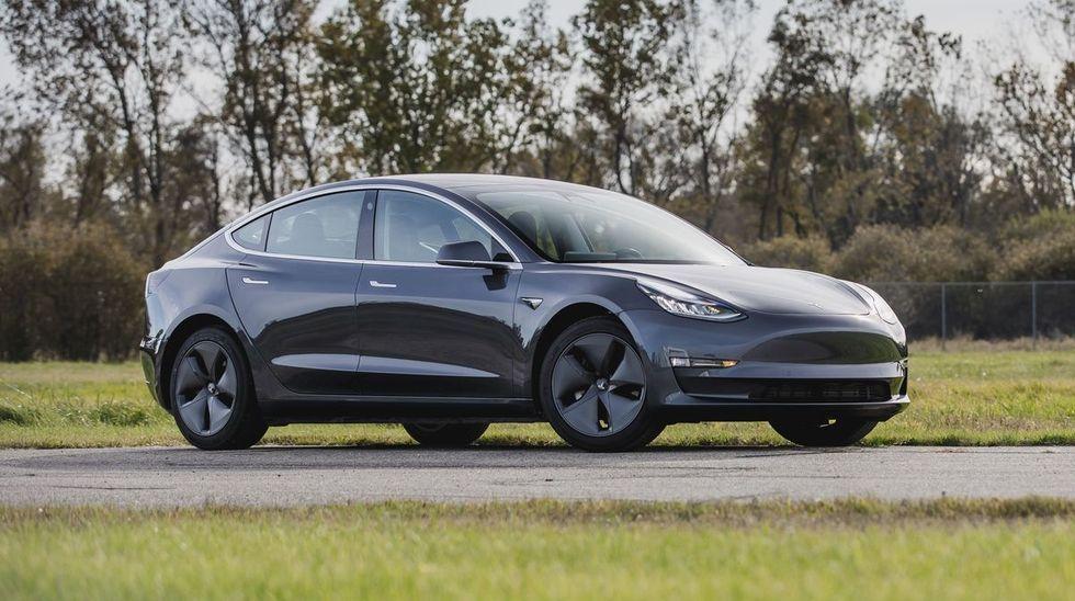 2020 Tesla Model 3 Vs 2020 Tesla Model S Comparison Tesla Model Tesla Car Tesla